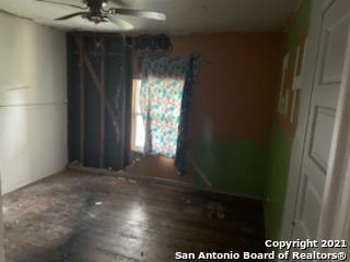 Pending | 771 Kirk Pl San Antonio, TX 78226 4