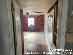 Pending | 771 Kirk Pl San Antonio, TX 78226 8