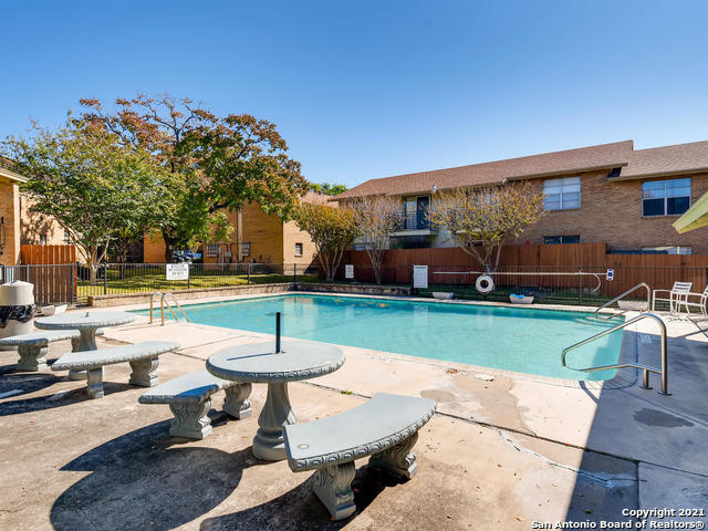 Active Option | 923 Vance Jackson Rd #607 San Antonio, TX 78201 16