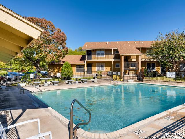 Active Option | 923 Vance Jackson Rd #607 San Antonio, TX 78201 17