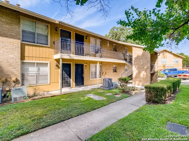 Active Option | 923 Vance Jackson Rd #607 San Antonio, TX 78201 1