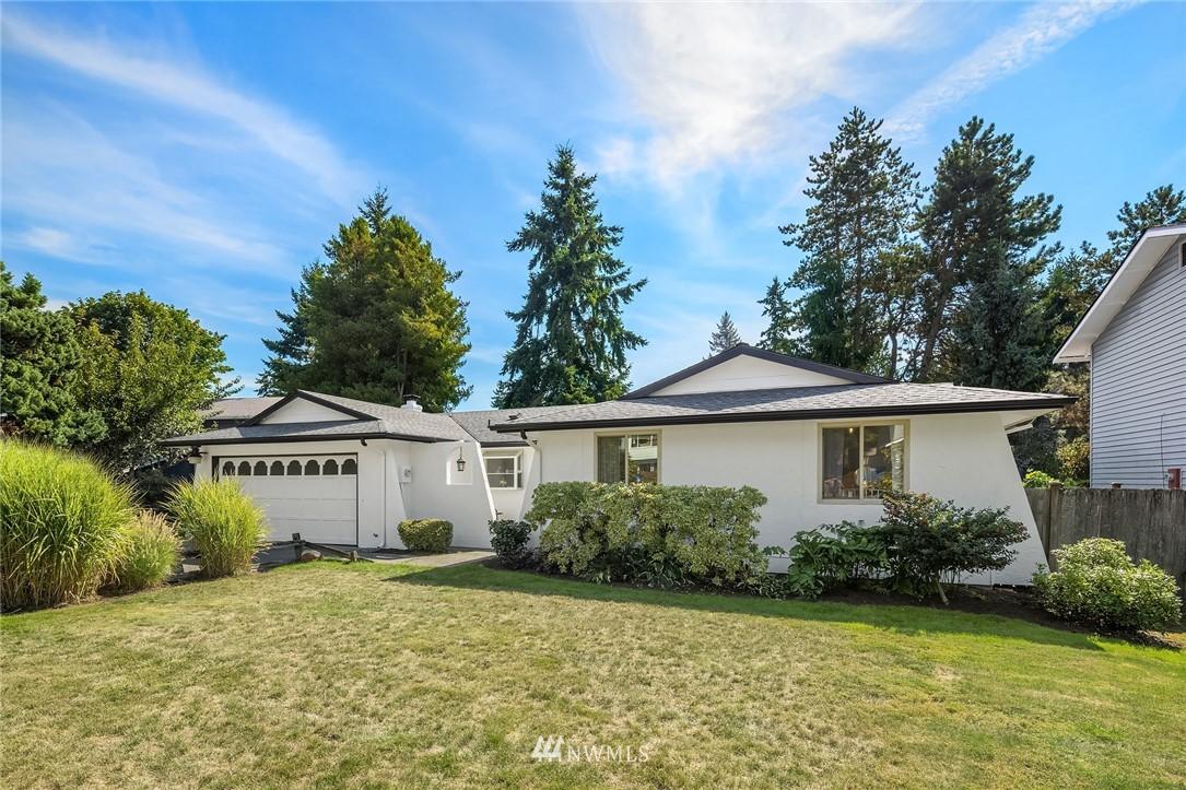 Sold Property | 3011 NE 194th Street Lake Forest Park, WA 98155 0
