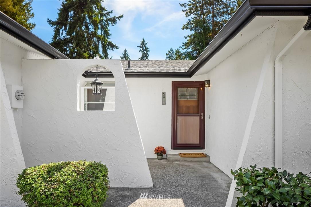 Sold Property | 3011 NE 194th Street Lake Forest Park, WA 98155 1