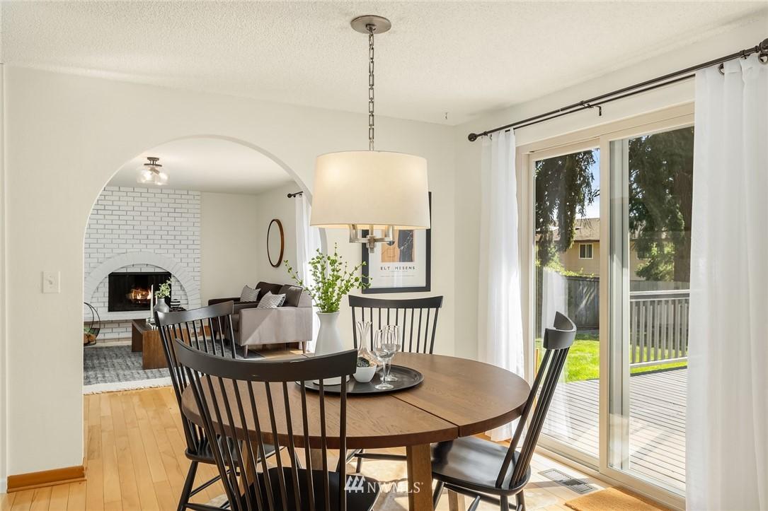 Sold Property | 3011 NE 194th Street Lake Forest Park, WA 98155 8