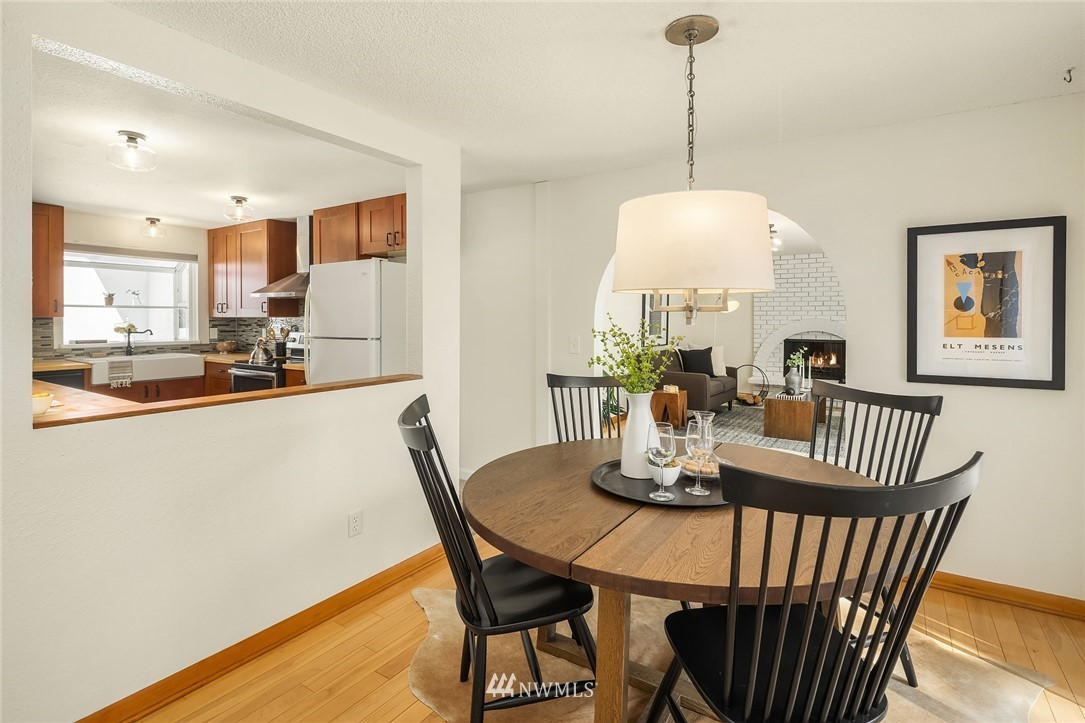Sold Property | 3011 NE 194th Street Lake Forest Park, WA 98155 9