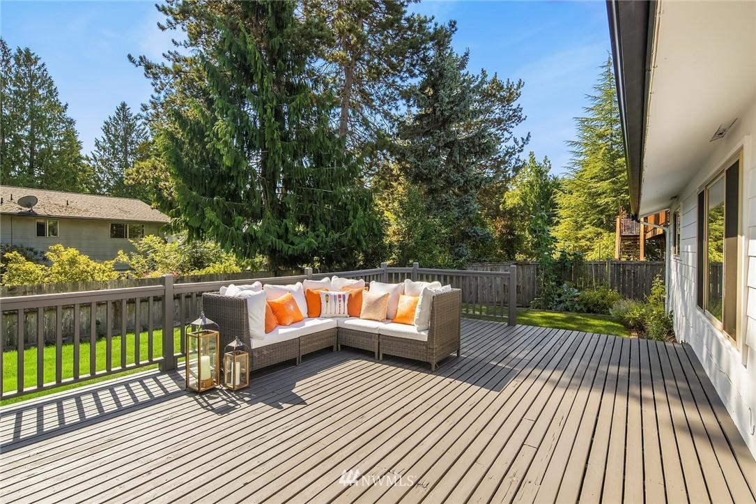 Sold Property | 3011 NE 194th Street Lake Forest Park, WA 98155 18