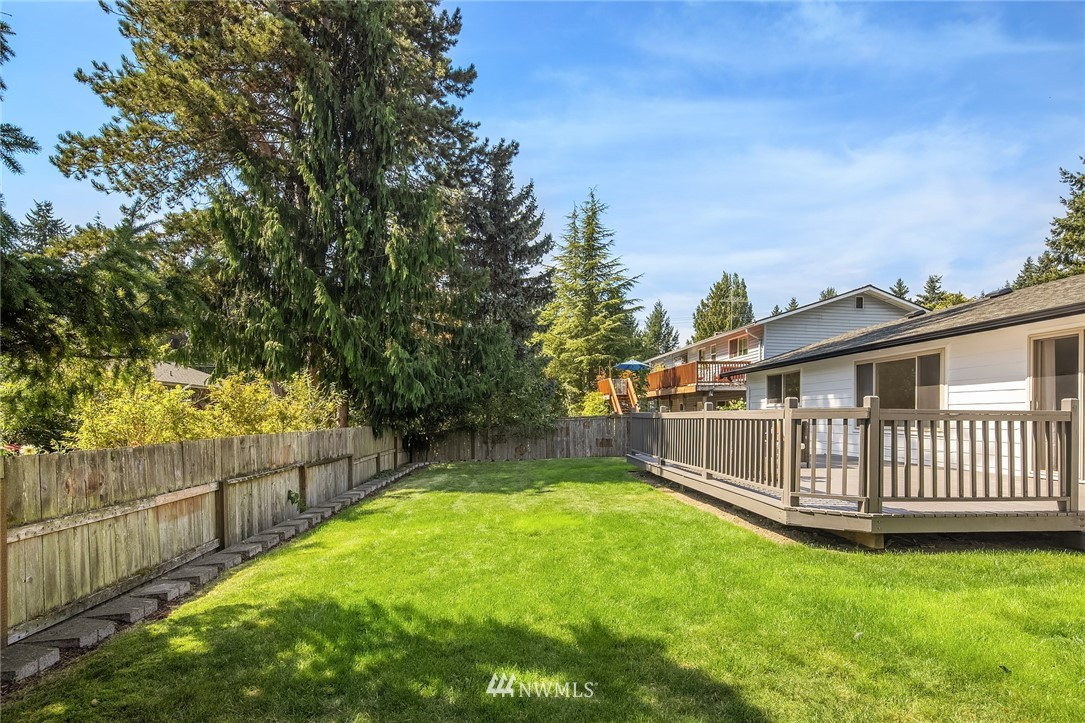 Sold Property | 3011 NE 194th Street Lake Forest Park, WA 98155 19