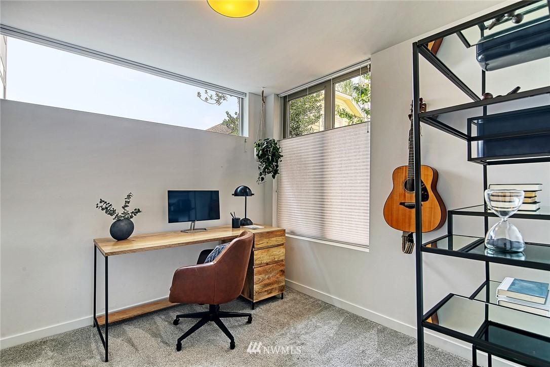 Active | 2328 Minor Avenue E #A Seattle, WA 98102 6