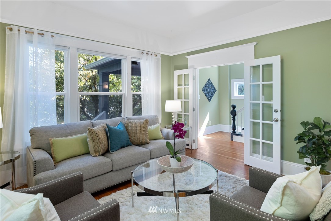 Sold Property | 5525 11th Avenue NE Seattle, WA 98105 6