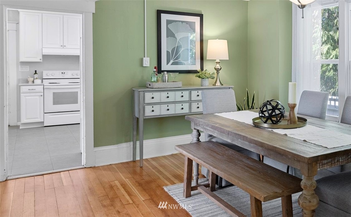 Sold Property | 5525 11th Avenue NE Seattle, WA 98105 11