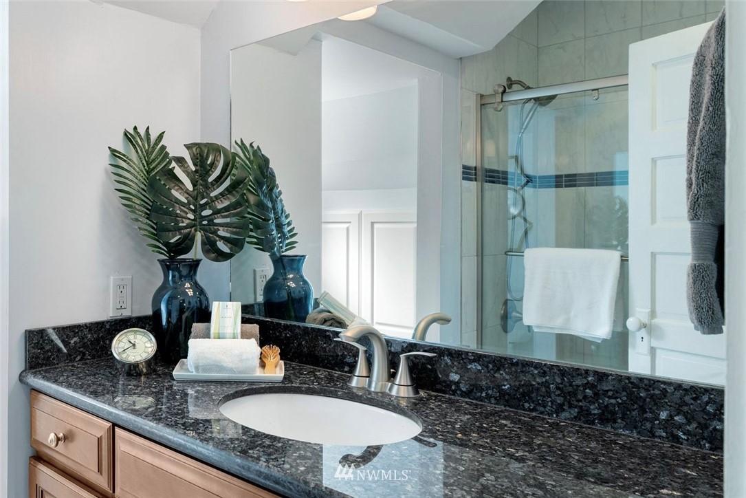 Sold Property | 5525 11th Avenue NE Seattle, WA 98105 18