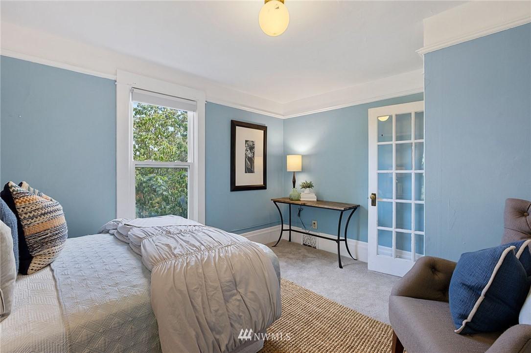 Sold Property | 5525 11th Avenue NE Seattle, WA 98105 30