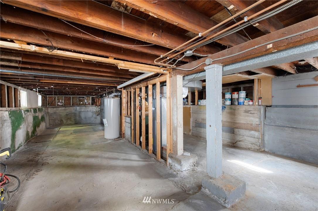 Sold Property | 5525 11th Avenue NE Seattle, WA 98105 38