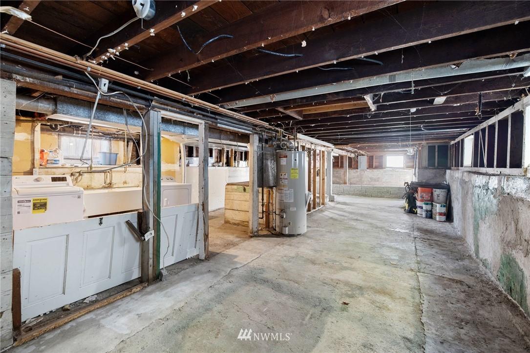 Sold Property | 5525 11th Avenue NE Seattle, WA 98105 39