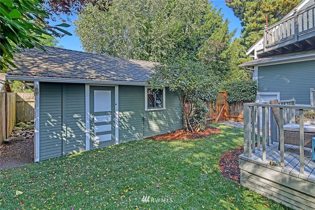 Pending | 3013 NW 67th Street Seattle, WA 98117 26