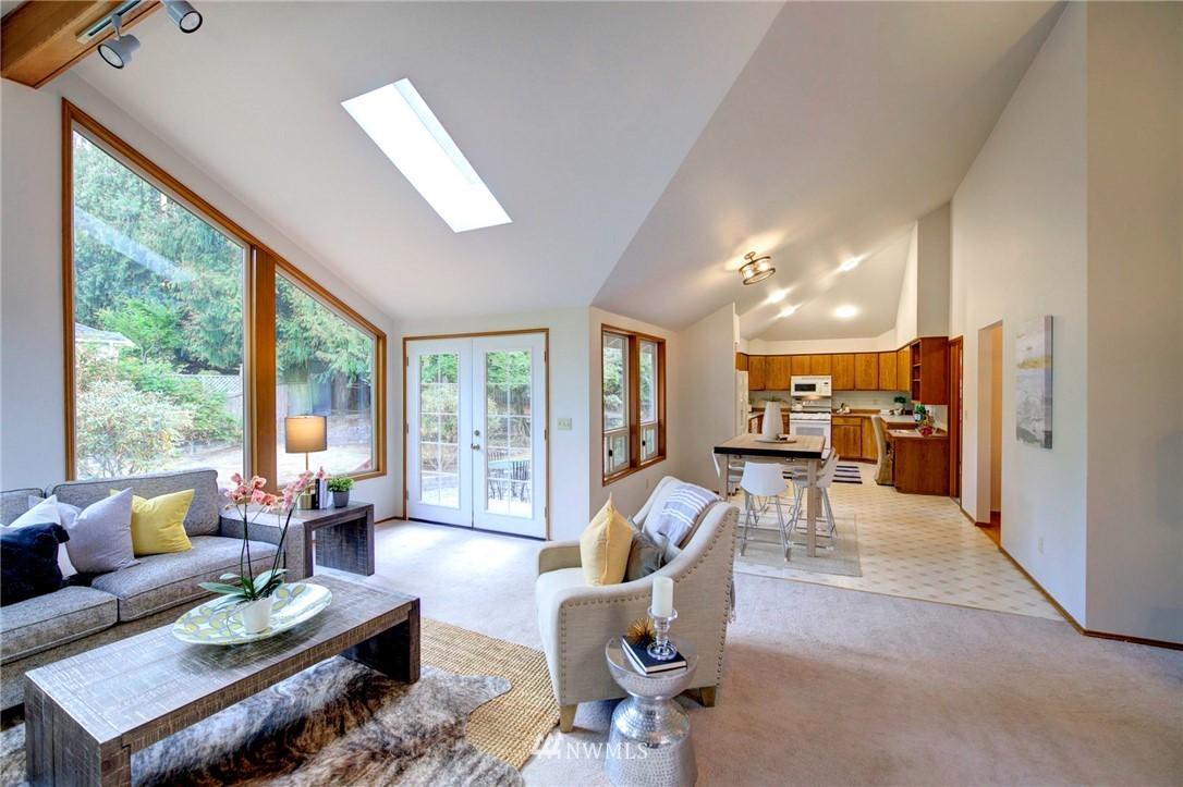 Pending | 21004 SE 258th Street Maple Valley, WA 98038 10