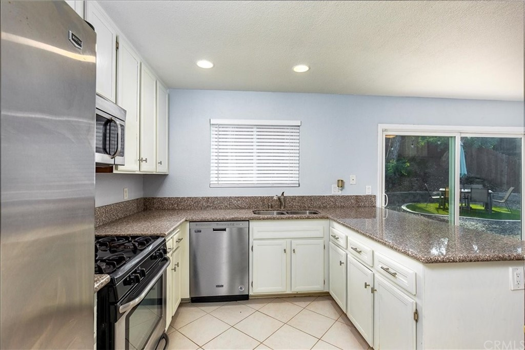 Pending | 1102 Old Stage Road Fallbrook, CA 92028 12
