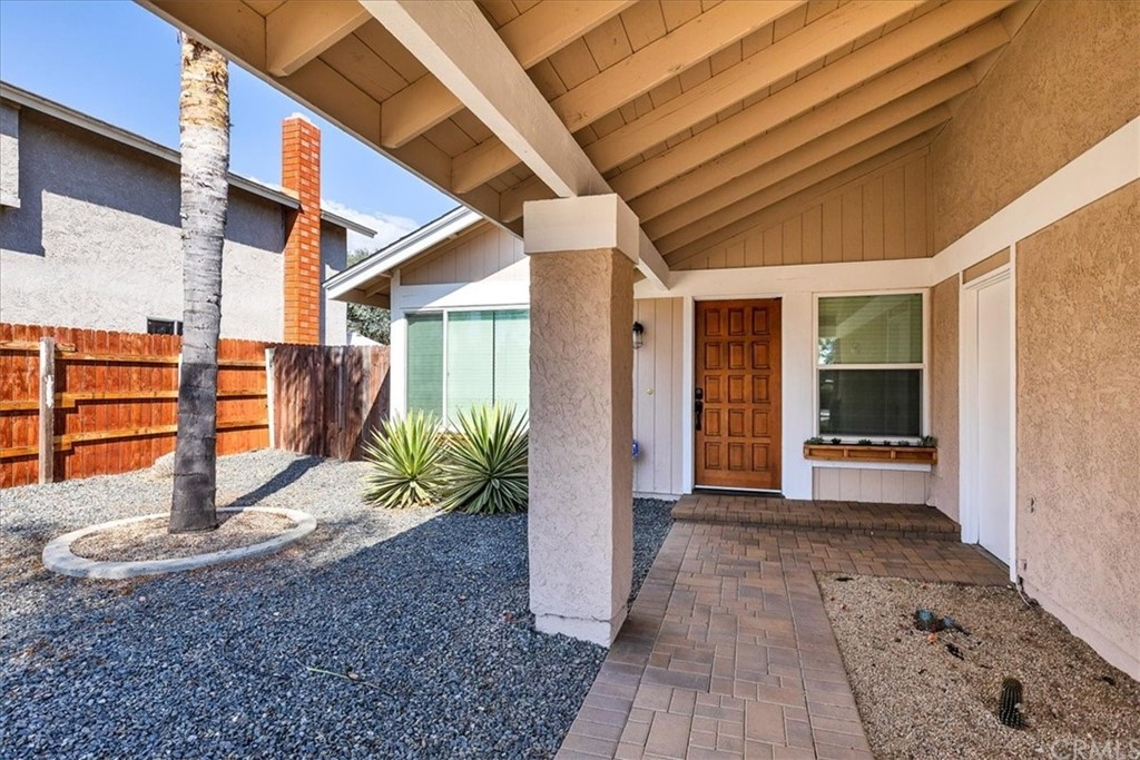 Pending | 1102 Old Stage Road Fallbrook, CA 92028 4