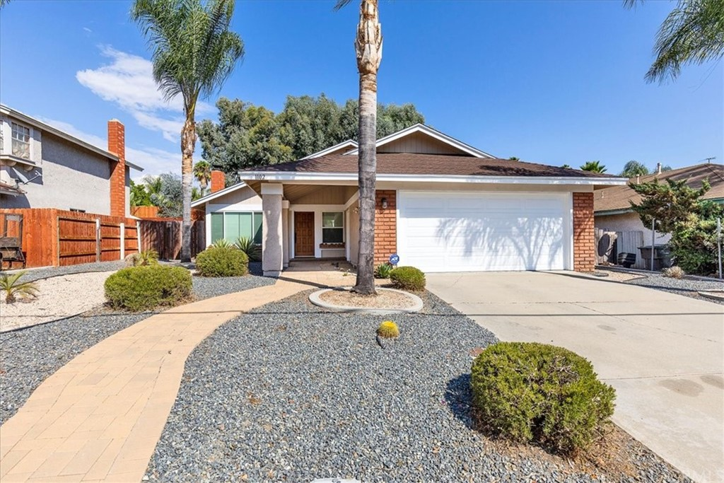 Pending | 1102 Old Stage Road Fallbrook, CA 92028 2