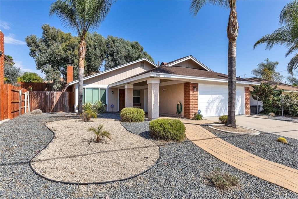 Pending | 1102 Old Stage Road Fallbrook, CA 92028 1