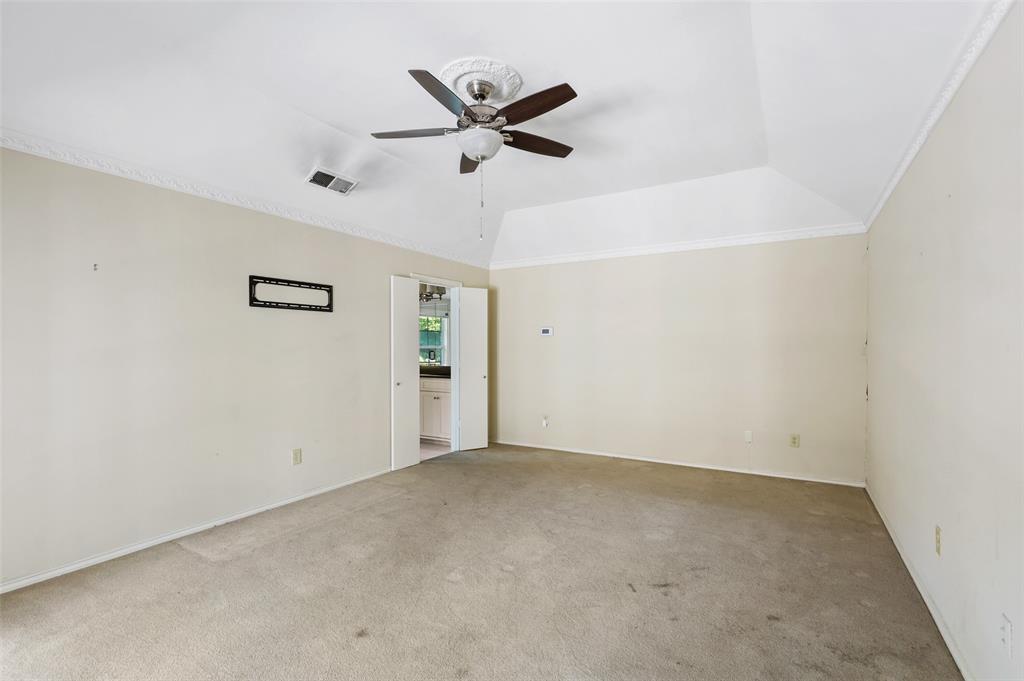 Pending   6728 Mossvine Place Dallas, Texas 75254 19