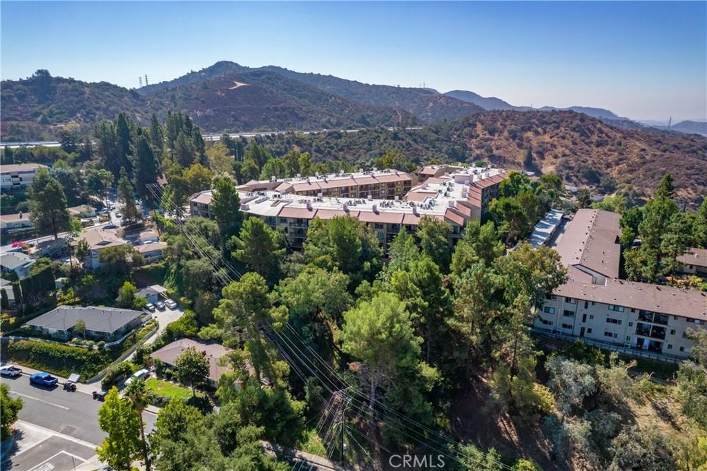 Pending   3481 Stancrest Drive #207 Glendale, CA 91208 43