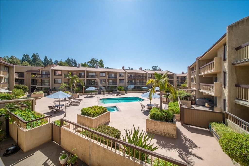 Pending   3481 Stancrest Drive #207 Glendale, CA 91208 32