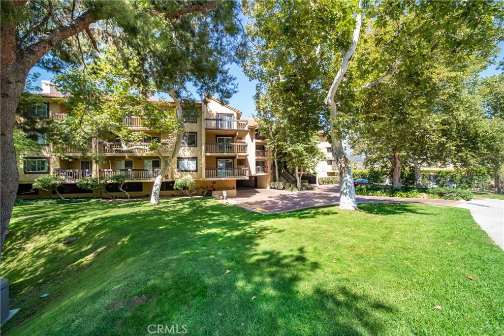 Pending   3481 Stancrest Drive #207 Glendale, CA 91208 40