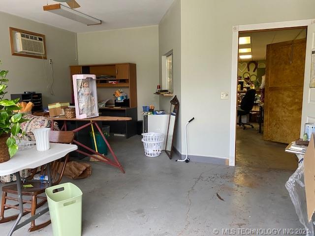 Active | 500 E Van Buren McAlester, Oklahoma 74501 15