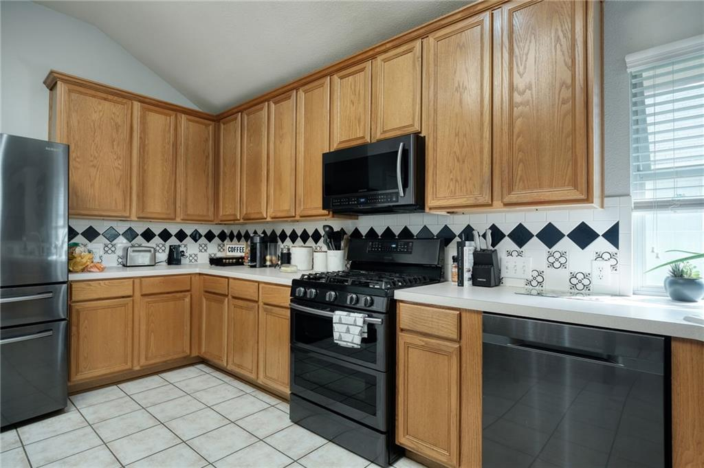 ActiveUnderContract   807 Champions Point Pflugerville, TX 78660 10
