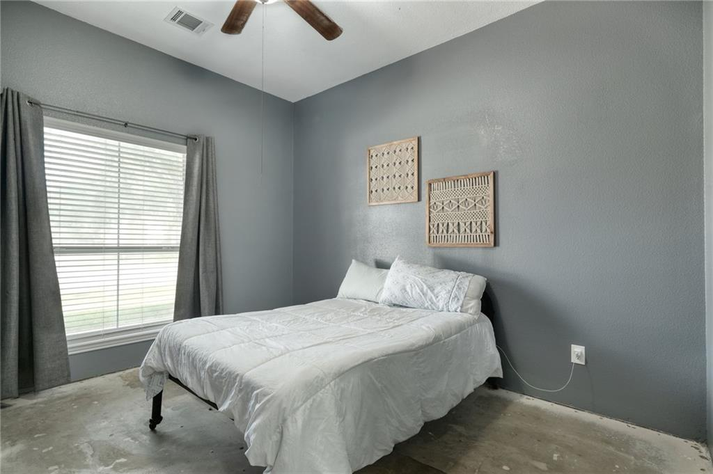 ActiveUnderContract   807 Champions Point Pflugerville, TX 78660 24