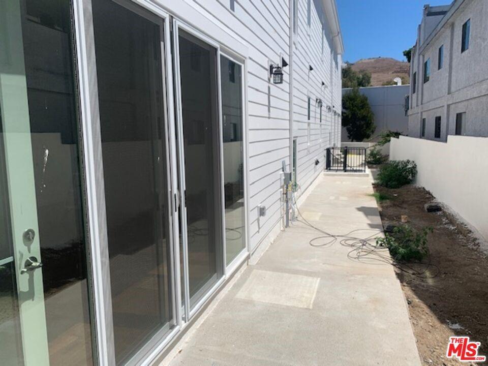 Active | 4223 Ince Boulevard Culver City, CA 90230 39