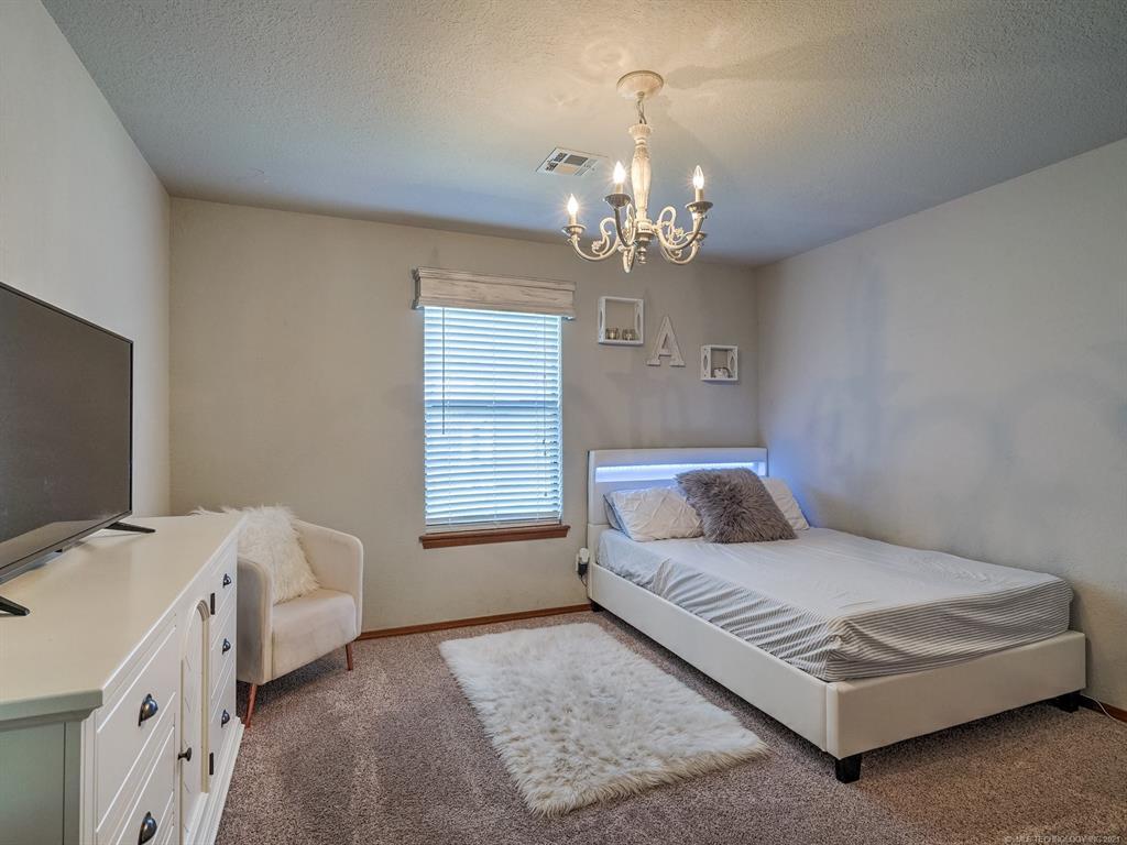 Off Market | 10906 S 83rd East Avenue Tulsa, Oklahoma 74133 22