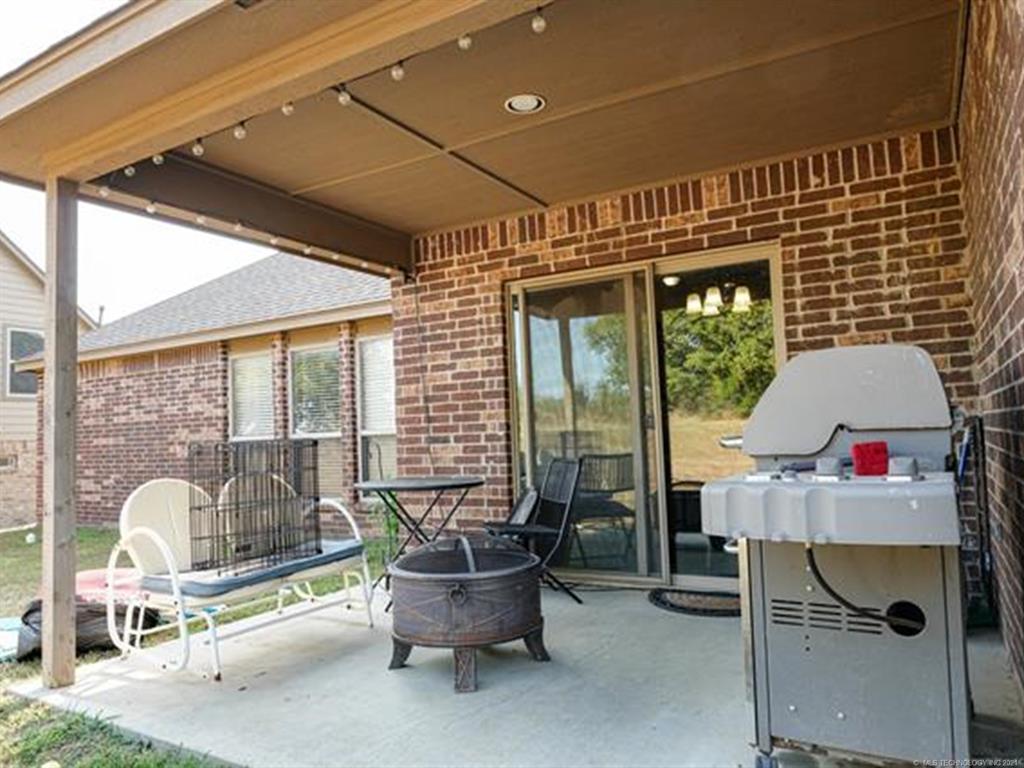 Off Market   8501 N 77th East Avenue Owasso, Oklahoma 74055 37