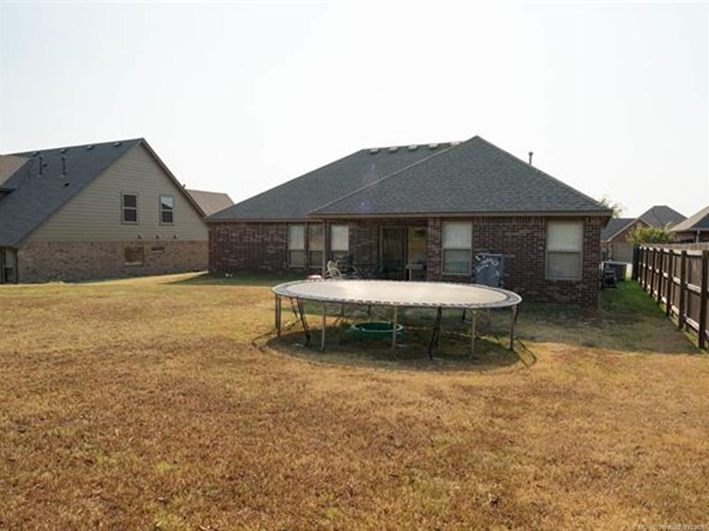 Off Market   8501 N 77th East Avenue Owasso, Oklahoma 74055 40