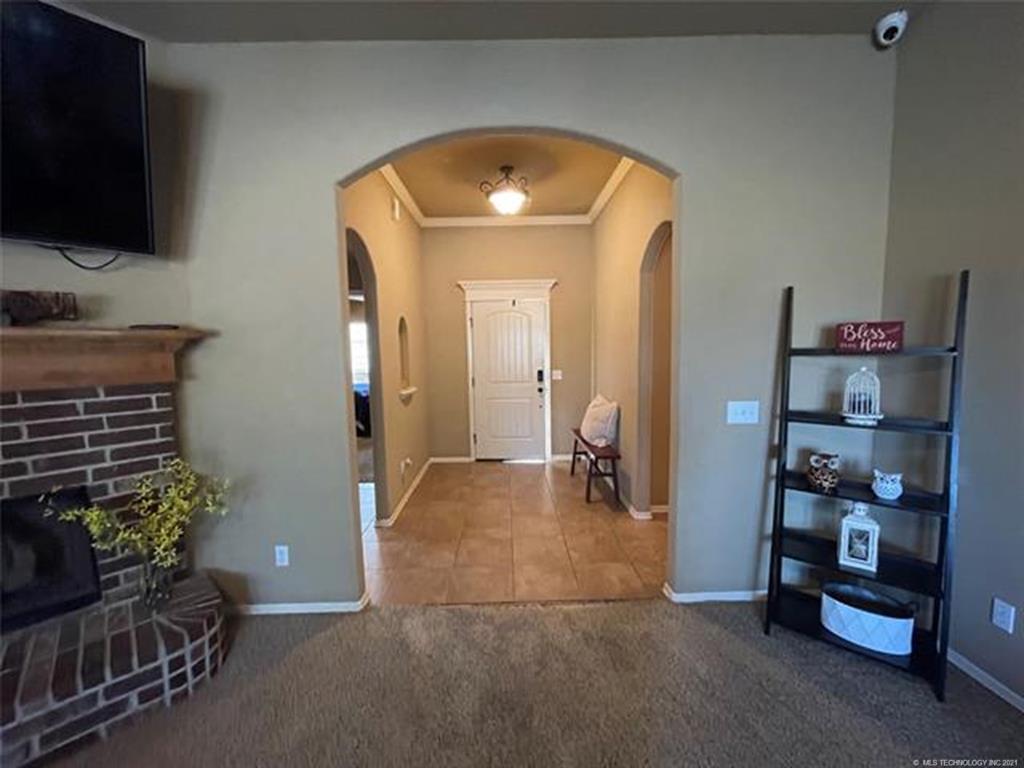 Off Market   8501 N 77th East Avenue Owasso, Oklahoma 74055 8