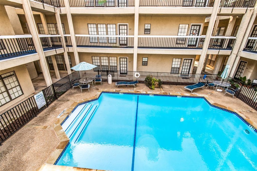 Active Contingent   4800 W Lovers Lane #307 Dallas, Texas 75209 11