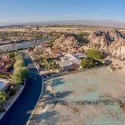 Pending   78235 Monte Sereno Circle Indian Wells, CA 92211 4