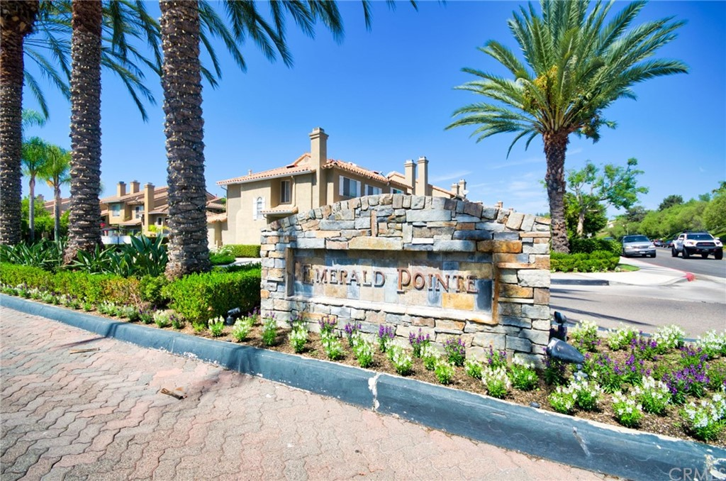 Pending   26931 Begonia Place Mission Viejo, CA 92692 2