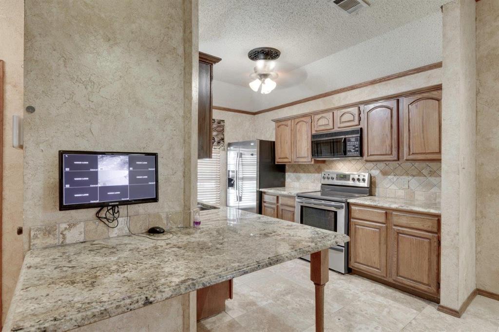 Active | 7829 Creekview Drive Frisco, Texas 75034 12