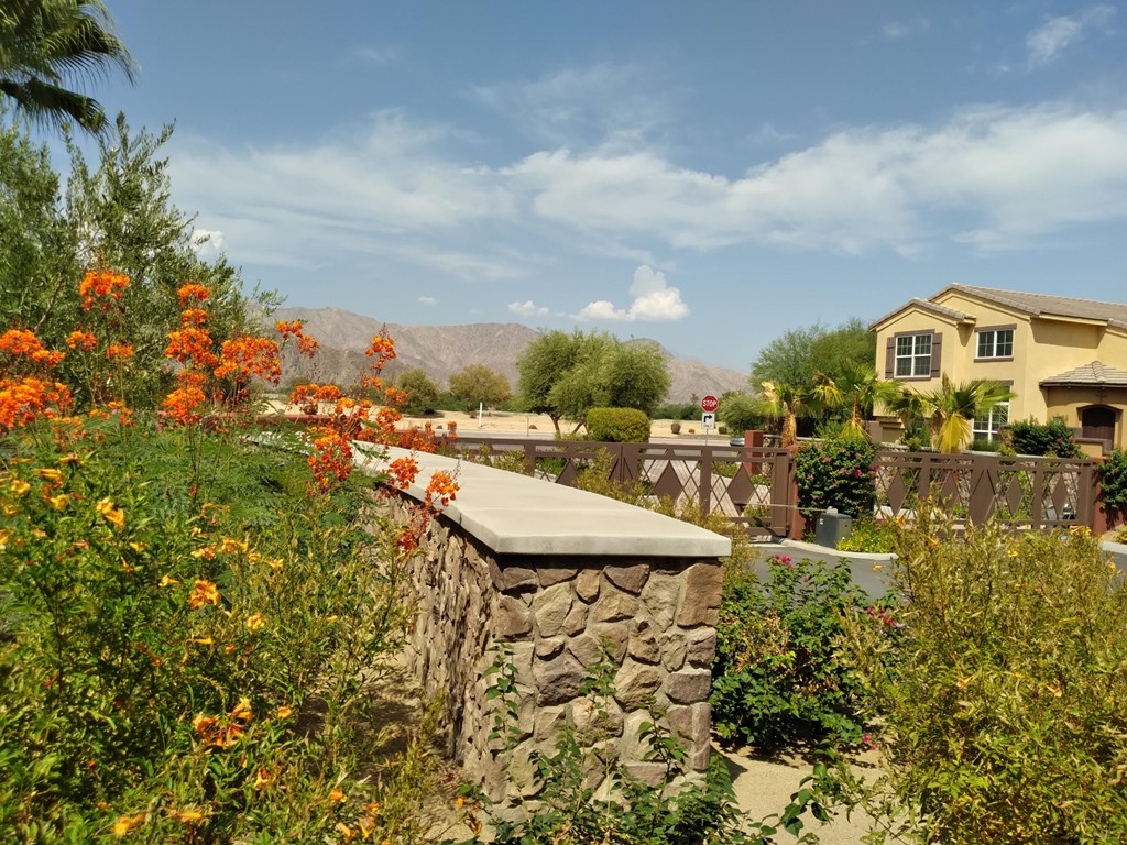 Pending | 52298 Rosewood Lane La Quinta, CA 92253 0