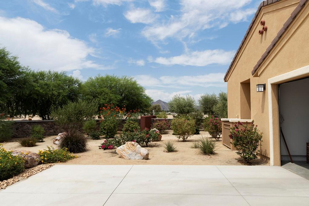 Pending | 52298 Rosewood Lane La Quinta, CA 92253 8