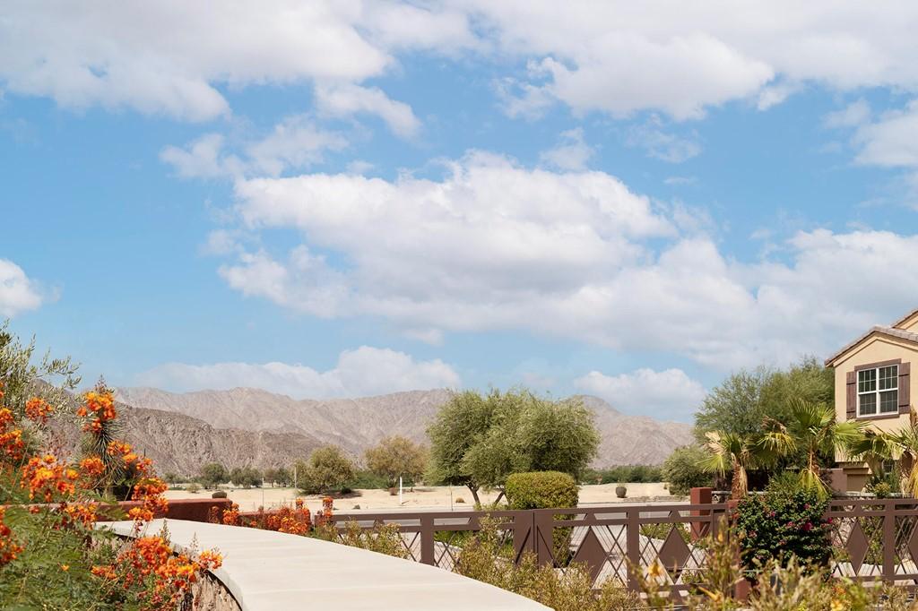 Pending | 52298 Rosewood Lane La Quinta, CA 92253 2