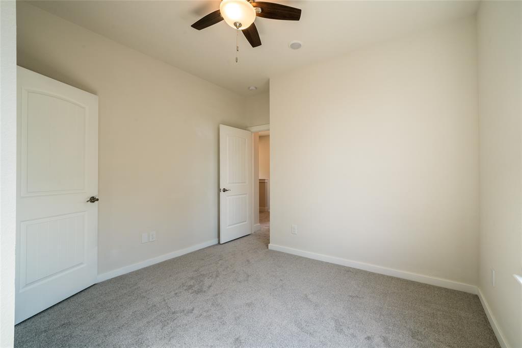 Pending | 3819 Courtney Street Houston, Texas 77026 20
