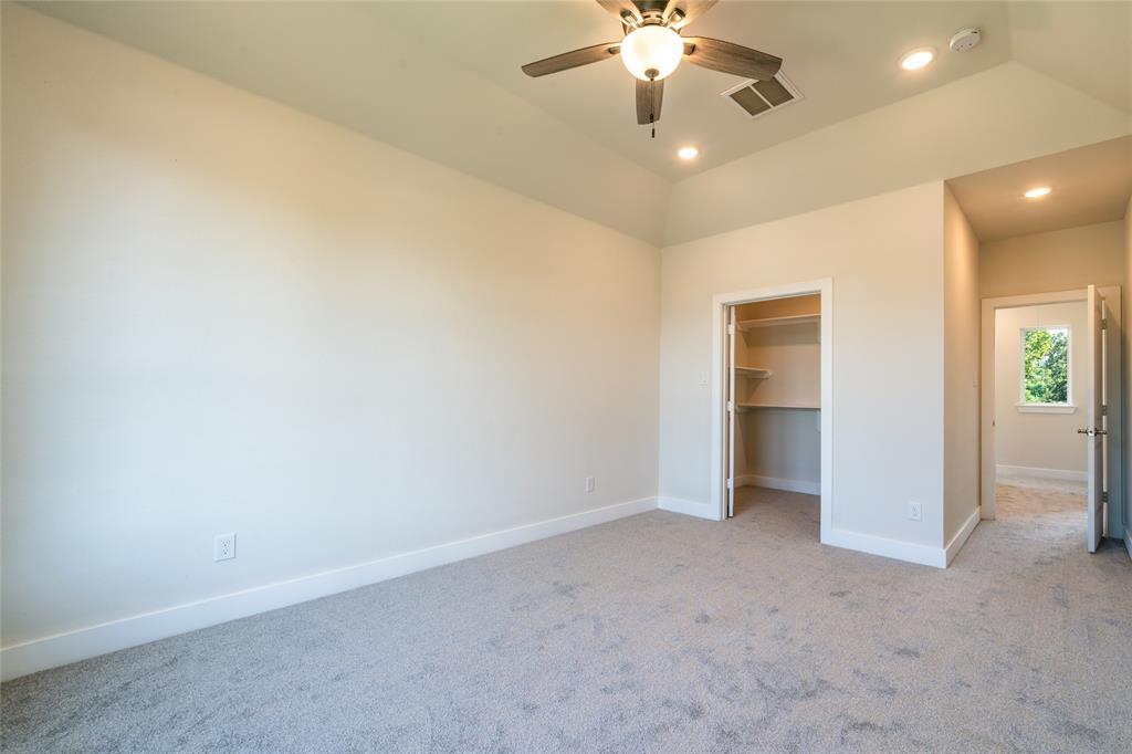 Pending | 3819 Courtney Street Houston, Texas 77026 26