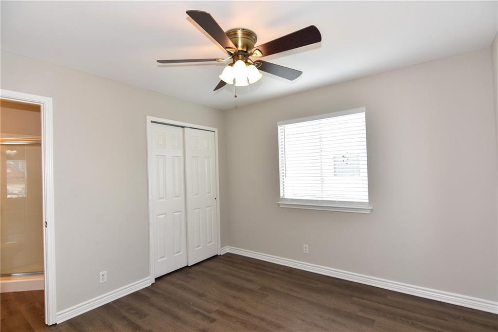 Closed   1008 Estate Drive Hutto, TX 78634 19