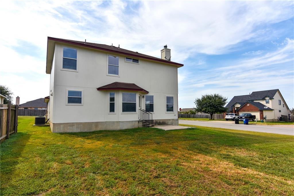 Closed   1008 Estate Drive Hutto, TX 78634 34