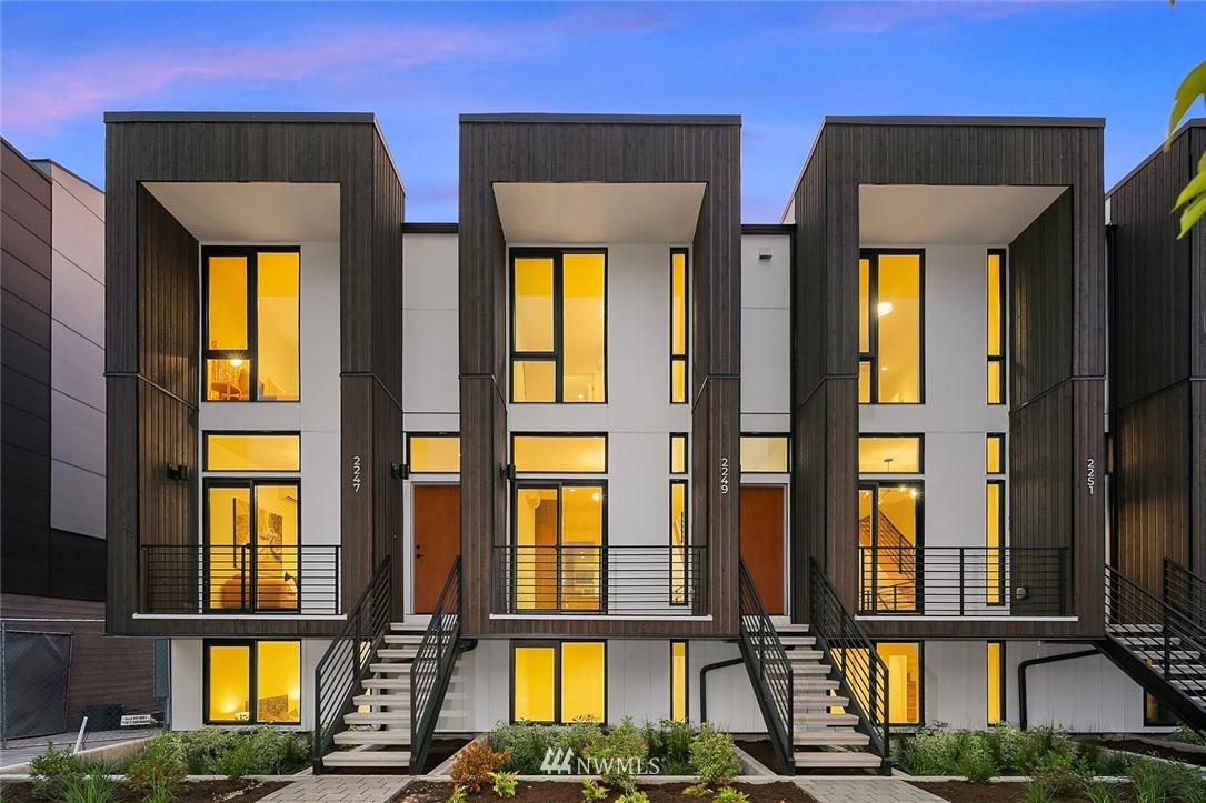 Pending | 2249 Minor Avenue E Seattle, WA 98102 14