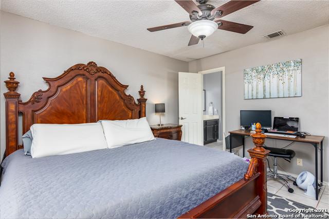 Off Market   9303 AUTUMN SUN San Antonio, TX 78254 17