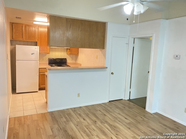 Active Option   4803 Hamilton Wolfe Rd #714 San Antonio, TX 78229 3